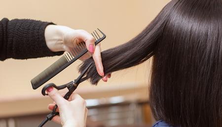 做梦梦到给人剪头发是好事吗 有好兆头吗